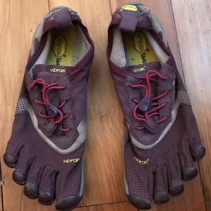 Vibrant Fivefingers Road Running Shoes